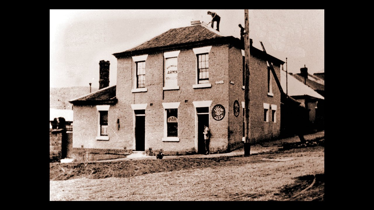 The Shipwrights Arms Hotel, 1900