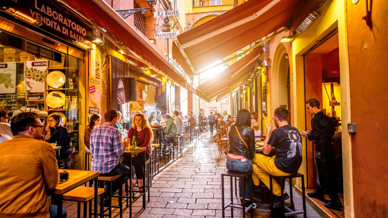 Eateries in Bologna