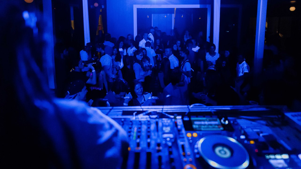 Pub Crawl Costa Rica - best party in San Jose