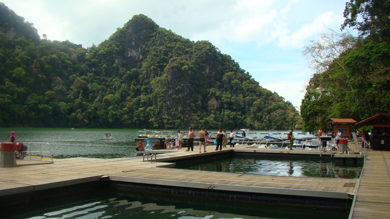 Join our Geopark guide on this most memorable outing of the best Langkawi has to offer and take home lasting impressions of this magical place